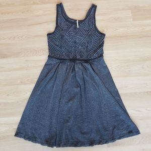 FREE PEOPLE GRAY SLEEVELESS EMBROIDERED DRESS